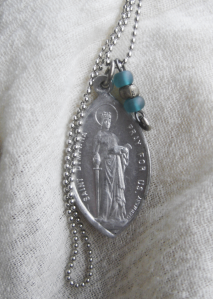 st dymphna medal (4)